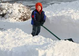 10-year-old-shovel-snow